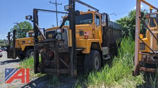 2000 International 5000 6x6 Sander Truck