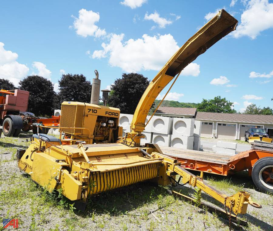 Auction Town Of Ellicott Hwy Dpw Ny 22030 Item Ford New Holland 710 Leaf Loader Auctions International