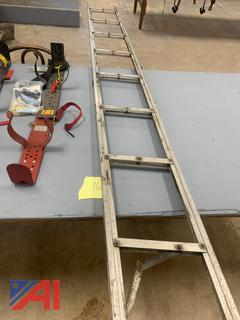 (#14) 10' Attic Ladder