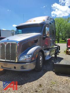 2013 Peterbilt 587 Sleeper Truck