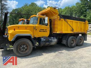 1997 Mack RD688S Dump Truck