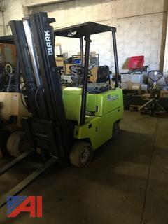 Clark Approx. 2650-Lb Cap. LP Forklift