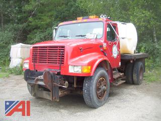1996 International 4900 Stake Body