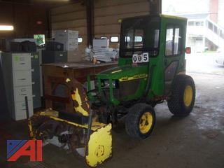 2000 John Deere 4100 HST Tractor