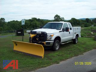 2016 Ford F250 XLT Super Duty Extended Cab Utility Truck with Plow