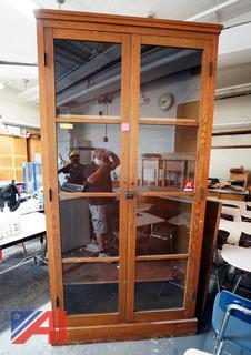 2 Door Oak Vertical Wall Display/HS