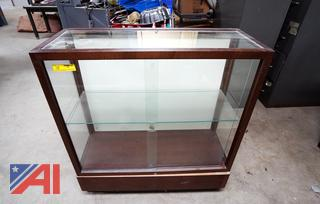 Wood Display Case with Glass Doors/HS