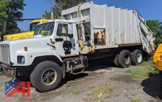 2000 International F2674 Packer/Garbage Truck