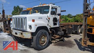 2003 International 2574 Roll-Off Truck