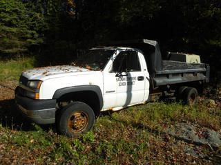 2004 Chevy Silverado 3500 Dump Truck