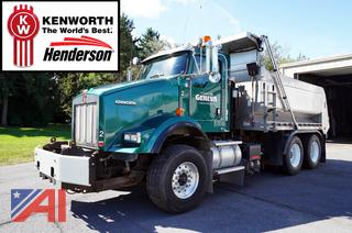 2011 Kenworth T800 Dump Truck with Plow