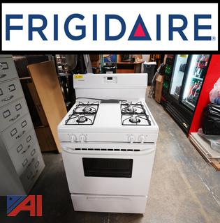 New Frigidaire 4 Burner Gas Range & Oven