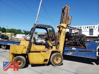 1984 Caterpillar V70E Forklift