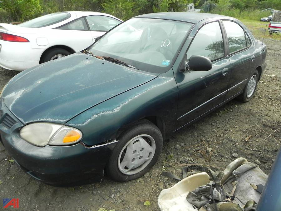 auctions international auction city of newburgh p d impounds ny 22425 item 10 1999 hyundai elantra 4 door sedan auctions international
