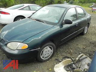 (#10) 1999 Hyundai Elantra 4 Door Sedan