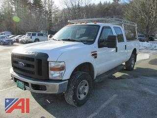 2009 Ford F350 Super Duty Crew Cab Pickup Truck with Lift Gate