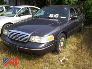 2005 Ford Crown Victoria Sedan