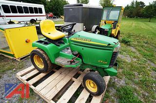 2005 John Deere GX335 Garden Tractor Tractor with Attachments/3