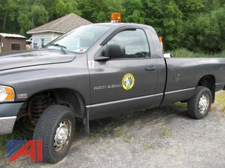 (#17) 2004 Dodge Ram 2500 Pickup Truck with Plow