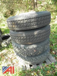 (#15) 295/75R22.5 Tires with Rims