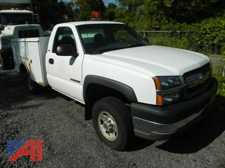 2003 Chevy Silverado 2500HD Utility Truck