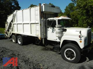 1988 Mack RD685S Garbage Truck