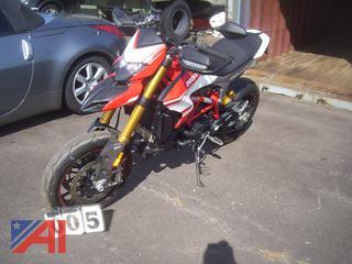 2016 Ducati Hypermotard 939SP Motorcycle