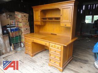 Oak Computer Hutch Desk
