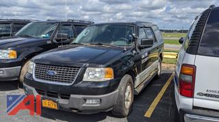 2004 Ford Expedition XLT Suburban