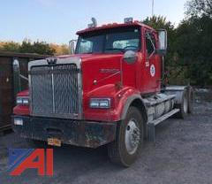2011 Western Star 4900 FA Semi Truck