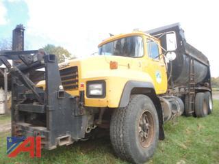 2000 Mack RD690S Dump Truck w/ Plow Harness
