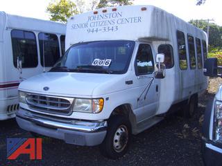 2000 Ford E450 Wheelchair Bus