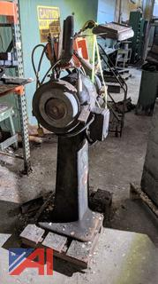 B&D Double Wheel Pedestal Grinder