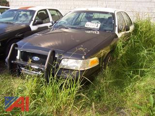 2008 Ford Crown Victoria 4 Door/Police Interceptor