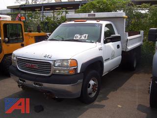 2002 GMC Sierra 3500 Dump Truck