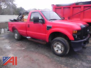 2008 Ford F250 XL Super Duty Pickup Truck with Plow & Tail Gate Lift