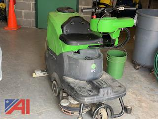 IPC CT70 Ride on Scrubber
