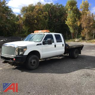 2011 Ford F350 Super Duty Crew Cab Flatbed Truck