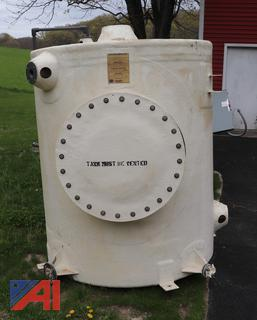 (#1) 650 Gallon Fiberglass Chemical Storage Tanks