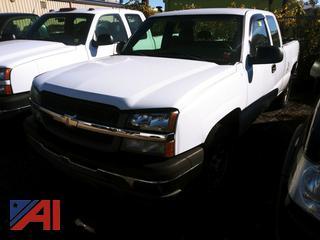 2004 Chevy Silverado 1500 Extended Cab Pickup Truck
