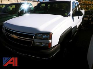 2007 Chevy Silverado Classic 2500HD Extended Cab Pickup Truck