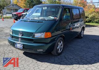 2002 Volkswagen Eurovan w/ Wheelchair Lift