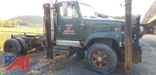 1988 International 2574 Truck