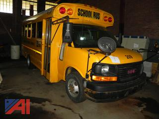 (#9) 2006 GMC Savana G3500 Mini School Bus