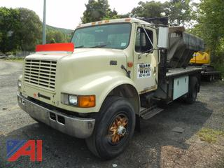 1995 International 4700 Flatbed Truck