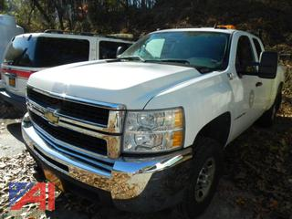 2009 Chevy Silverado 2500HD Extended Cab Pickup Truck with Plow