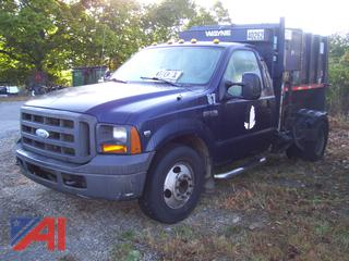 2005 Ford F350 XL Super Duty Packer Truck