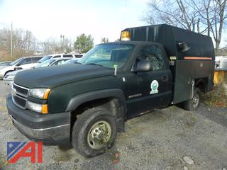 (#1) 2007 Chevy Silverado Classic 2500HD Pickup Truck with Utility Box