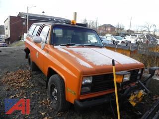 (#3) 1985 Chevy D10 Military Blazer with Plow