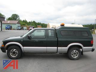 2003 Chevy S10 Pickup Truck with Cap